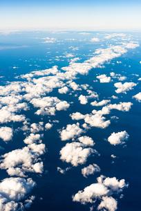 飛行機から見た雲の写真素材 [FYI03441117]