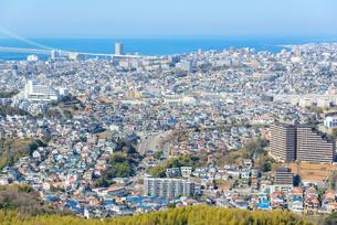 須磨浦山上より神戸市西部の街並みの写真素材 [FYI03441224]