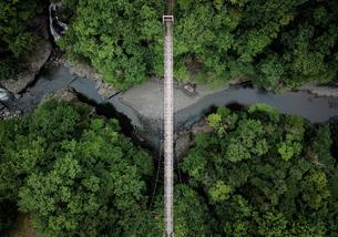 橋の空撮の写真素材 [FYI03441255]