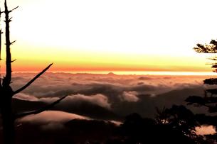 奈良県 弥山 富士山の写真素材 [FYI03441360]