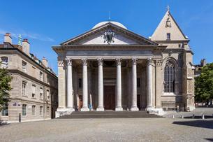 スイス、ジュネーブ旧市街、サン・ピエール大聖堂の写真素材 [FYI03442288]