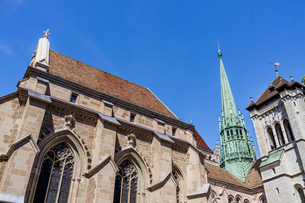 スイス、ジュネーブ旧市街、サン・ピエール大聖堂の写真素材 [FYI03442292]