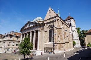 スイス、ジュネーブ旧市街、サン・ピエール大聖堂の写真素材 [FYI03442294]