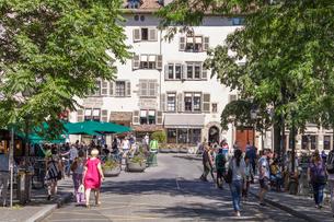スイス、ジュネーブ旧市街の写真素材 [FYI03442378]