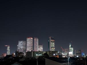 夜景 街 ビル 都市 シティ 風景の写真素材 [FYI03442562]