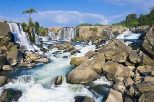 東洋のナイアガラ 曽木の滝の写真素材 [FYI03443004]