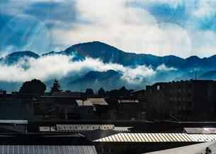 風景 山 空の写真素材 [FYI03443086]