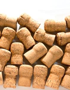 コルク ワイン コルク栓 スパークリングワインの写真素材 [FYI03443997]