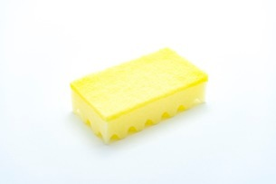 キッチンの食器洗いスポンジの写真素材 [FYI03444160]