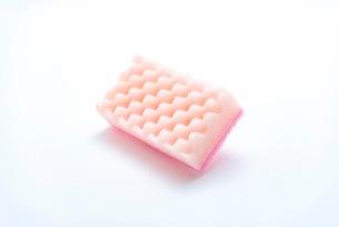 キッチンの食器洗いスポンジの写真素材 [FYI03444162]
