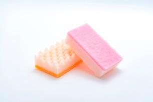 キッチンの食器洗いスポンジの写真素材 [FYI03444163]