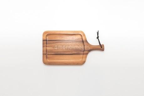 カッティングボード 木製のまな板の写真素材 [FYI03444175]