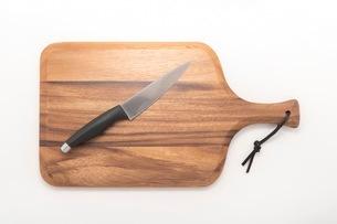 カッティングボード 木製のまな板の写真素材 [FYI03444182]