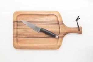 カッティングボード 木製のまな板の写真素材 [FYI03444186]