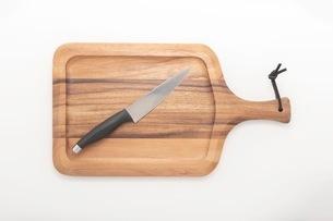 カッティングボード 木製のまな板の写真素材 [FYI03444188]