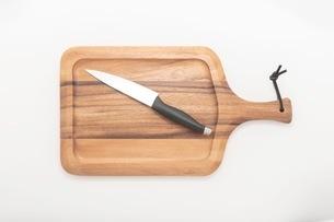 カッティングボード 木製のまな板の写真素材 [FYI03444189]