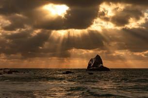 積丹半島の夕景の写真素材 [FYI03444411]