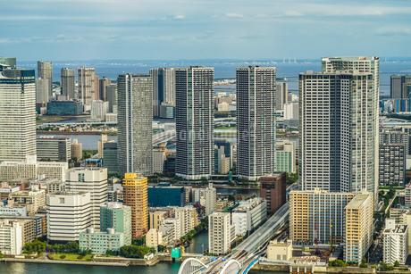 カレッタ汐留の展望台から見える東京の街並みの写真素材 [FYI03444844]
