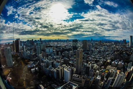 東京タワー展望台から見える東京の街並みの写真素材 [FYI03445520]