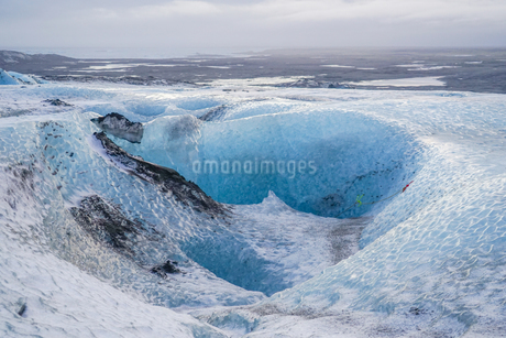アイスランド・氷の洞窟(ヴァトナヨークトル)の写真素材 [FYI03445561]