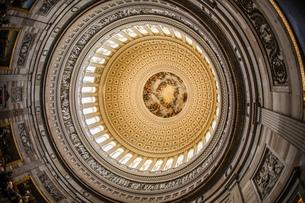 アメリカ合衆国議会議事堂(United States Capitol)の天井画の写真素材 [FYI03445566]