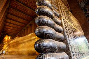 ワットポー 寝釈迦仏の写真素材 [FYI03446876]