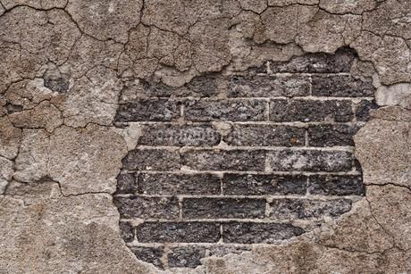 ひび割れた壁の写真素材 [FYI03447109]