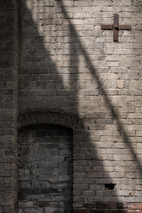 古びたレンガの壁の写真素材 [FYI03447122]