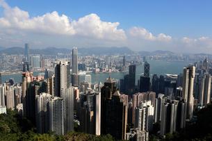 香港島のビクトリアピーク展望台から九龍半島を見るの写真素材 [FYI03447626]