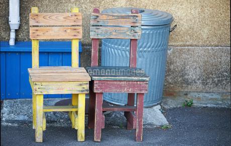 木製の椅子の写真素材 [FYI03448358]