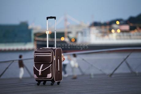 旅のキャリーバッグの写真素材 [FYI03448359]