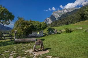 スイス、マイエンフェルトの風景の写真素材 [FYI03449205]