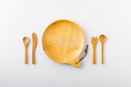 Empty plate spoon and forkの写真素材 [FYI03449365]
