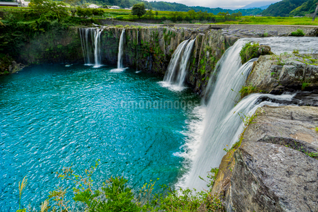 原尻の滝の写真素材 [FYI03449618]