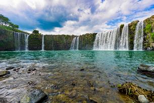 滝の写真素材 [FYI03449632]