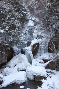 冬の竜頭ノ滝の写真素材 [FYI03449770]