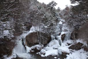 冬の竜頭ノ滝の写真素材 [FYI03449771]