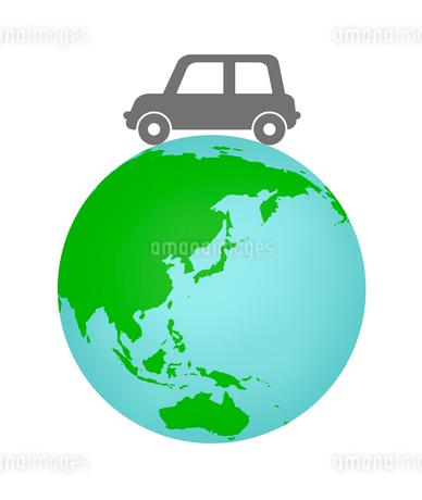 地球の上を走る車のイラスト素材 [FYI03451085]
