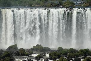 イグアスの滝の写真素材 [FYI03452395]