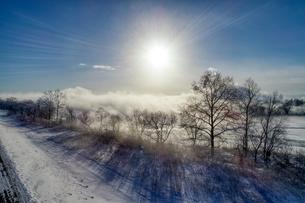 雲海の空撮の写真素材 [FYI03453758]