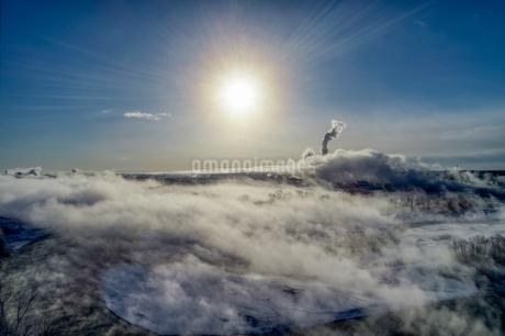 雲海の空撮の写真素材 [FYI03453759]