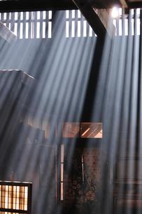 妻籠宿脇本陣 光の写真素材 [FYI03453930]