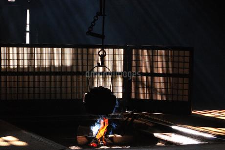 妻籠宿脇本陣 囲炉裏の写真素材 [FYI03453940]