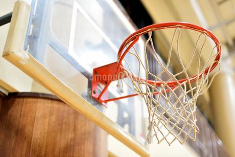 バスケットゴールの写真素材 [FYI03454548]