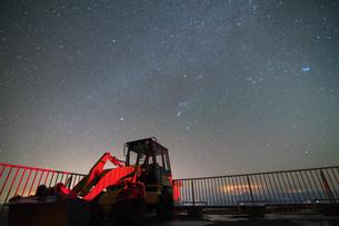 摩周湖から見る天の川の写真素材 [FYI03454629]