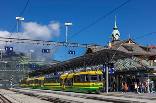 スイス、ベルナーオーバーラント鉄道の写真素材 [FYI03454869]