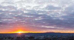 生駒山の初日の出の写真素材 [FYI03454889]