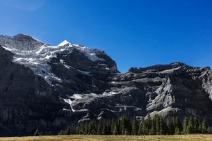 スイス、トップオブヨーロッパ、オーバーラント三山の風景の写真素材 [FYI03454893]