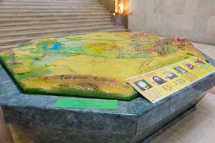 ウズベキスタン国立歴史博物館の展示風景の写真素材 [FYI03455374]