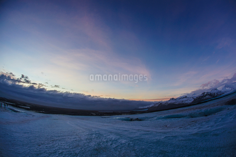 アイスランド・氷の洞窟(ヴァトナヨークトル)の写真素材 [FYI03457104]
